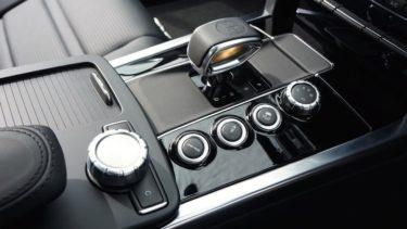 車のギア(シフトレバー)が動かない時の原因と対処法(オートマ・AT車)