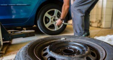 タイヤがパンクした時に必ず抑えておくべき8つのポイント