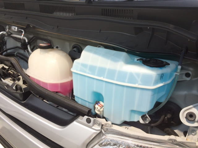 ラジエーター 冷却水