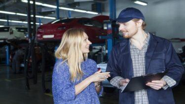 ディーラー車検の費用は割高?依頼するメリットと安く抑える方法
