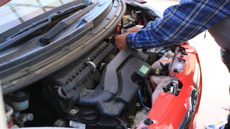 【自分でできる】車のバッテリー交換のやり方|外し方と付け方完全ガイド