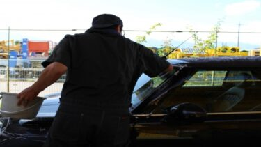 手洗い洗車と洗車機にかかる時間を比較!洗車のおすすめ時間帯も紹介